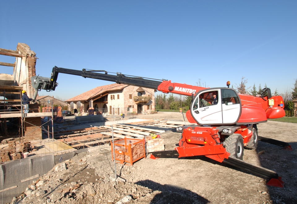 Rotated telehandler manitou for rent